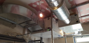 Instalacja wentylacji mechanicznej nawiewno-wywiewnej restauracji, kuchni wraz zapleczem […]